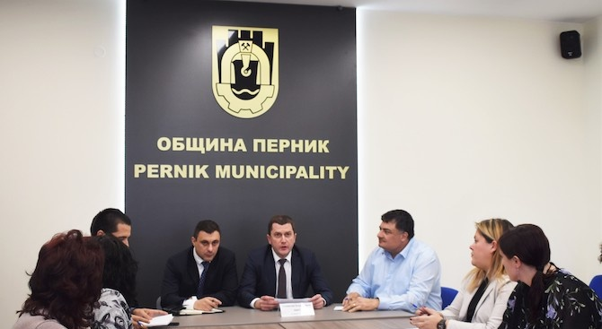 Бюджетът на община Перник е 105 585 045 лв.