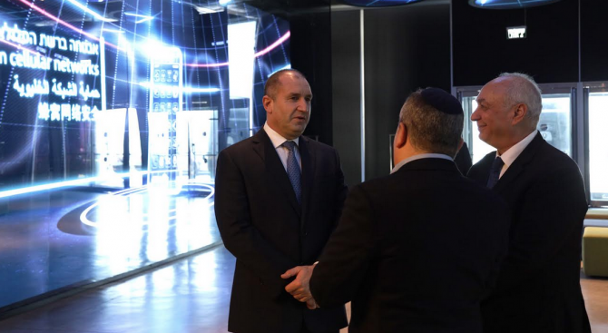 Румен Радев: В България предстои да се налеят огромни средства във водния сектор
