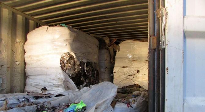 Полицаи се натъкнаха на поредния боклук от Италия