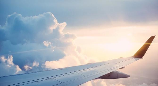 Планираният първи полет на Боинг 777Х се отложи заради лошо метеорологични условия