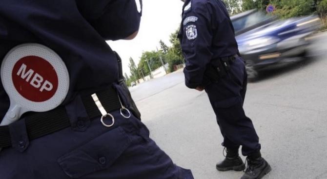 """Пътните полицаи в Пловдив уловиха 6-ма """"рекордьори"""" шофьори"""