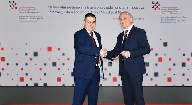 """Заместник-министър Стоянов участва в Съвета на ЕС """"Правосъдие и вътрешни работи"""""""