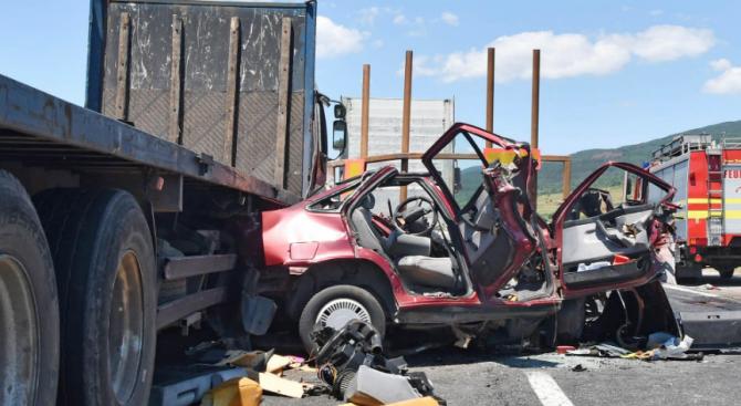 25-годишен шофьор предизвика меле край Търговище