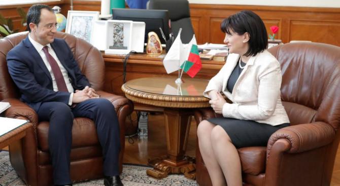 Караянчева: Парламентарният диалог между България и Кипър е много важна предпоставка за развитието на двустранните отношения