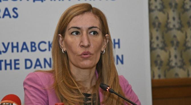 Николина Ангелкова: Очакваме 2020 година да бъде с по-добри приходи в туризма