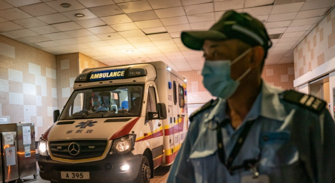 Здравни експерти: Коронавирусът е способен да убие 65 млн. души