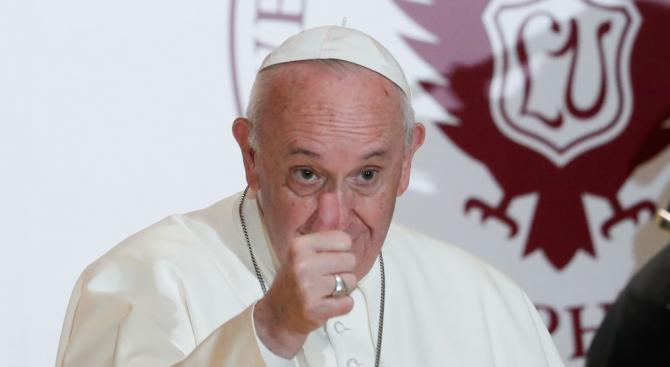 Папата с призив към иракския президент
