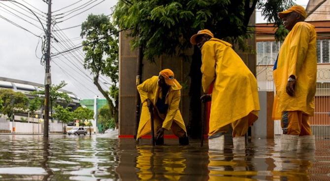 Поройните дъждове в Бразилия удавиха 50 човека