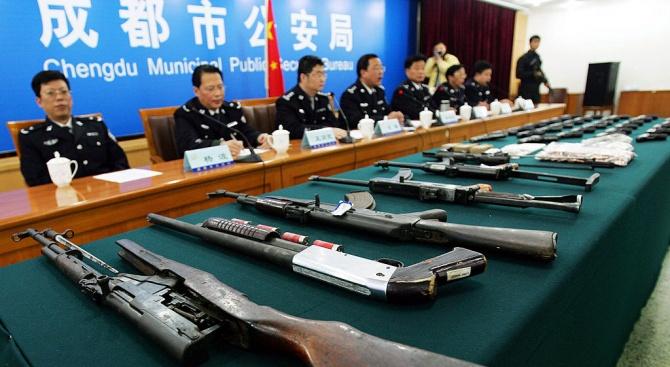 Китай е на второ място в света по производство на оръжие