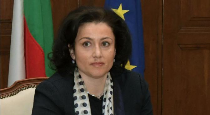 Танева: Европейското съфинансиране на програмите за активен надзор, наука и превенция за АЧС не трябва да се намаляват