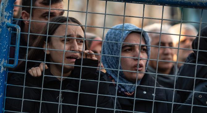 Окончателно: Жертвите на труса в Турция са 41