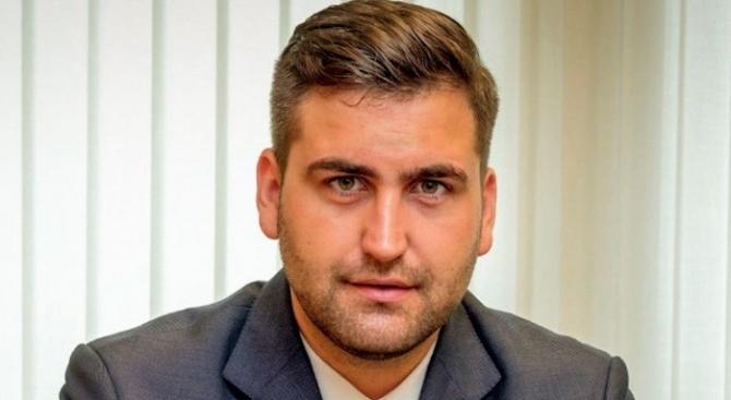 Новаков за Румен Радев: Не можеш да снемеш нещо, което никога не си давал