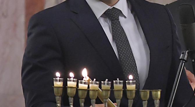 """Организацията на евреите в България """"Шалом"""" с благодарности към Гешев"""