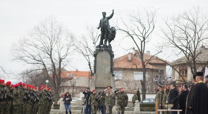 24 новоназначени военнослужещи положиха клетва в Карлово