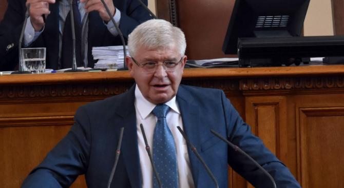 """""""Воля"""" иска спешно изслушване на двама министри за коронавируса"""