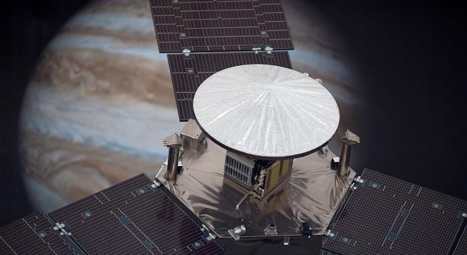 """Сондата """"Джуно"""" установи точното количество вода в атмосферата на Юпитер"""