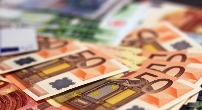 Исторически максимум на курса на еврото спрямо румънската лея