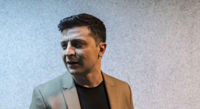 Володимир Зеленски обеща помощ на манекенка