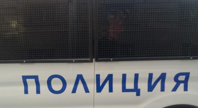 Крадци съблякоха и обраха дете в автобус в София