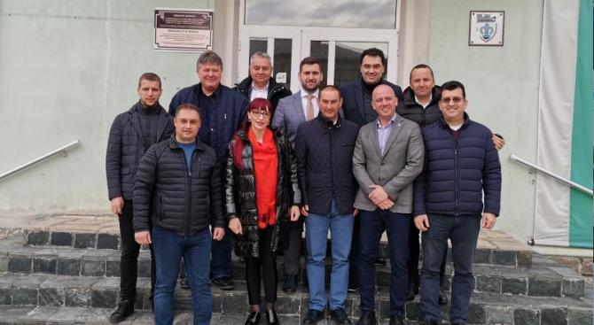 Андрей Новаков и депутати от ГЕРБ се срещнаха с пенсионери от Добринище и Разлог
