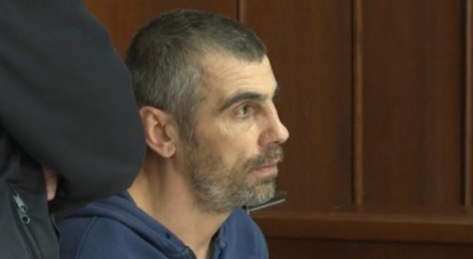 Мъжът, който преби пенсионер в Ямбол, остава в ареста