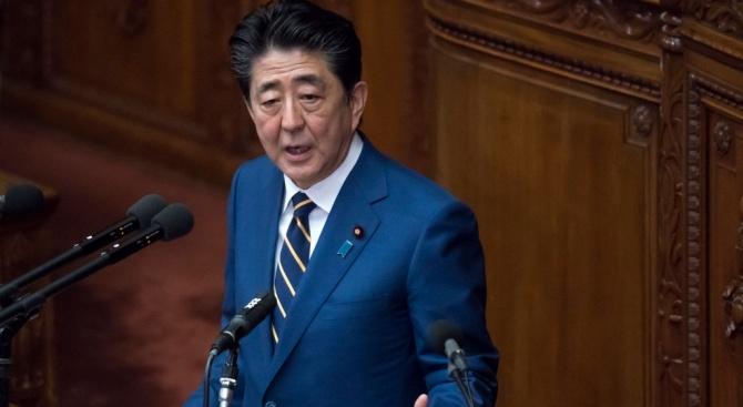 Японският премиер каза, че е готов да защити икономиката от влиянието на коронавируса