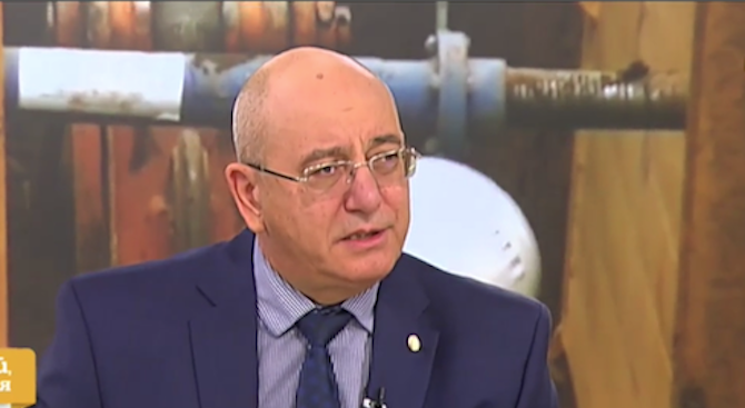 Емил Димитров: Ако показните акции продължат, на шофьора и чистачката ли да съм министър?