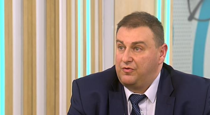 Емил Радев: България ще поиска от ЕС пари за охраняването на границата