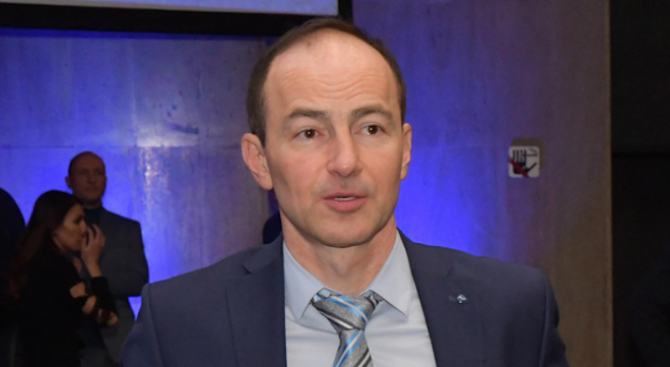 Андрей Ковачев: ЕС създава резерв, от който ще се купуват медицинска апаратура и лекарства