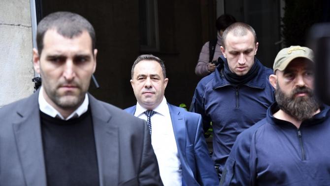 Зам.-министър Живков и задържаните за аферата с боклука остават в ареста, вече са с обвинения