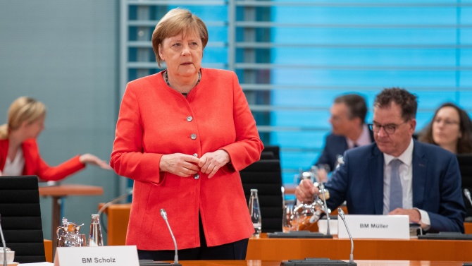 Меркел изрази съмнение дали Великобритания наистина иска подреден Брекзит