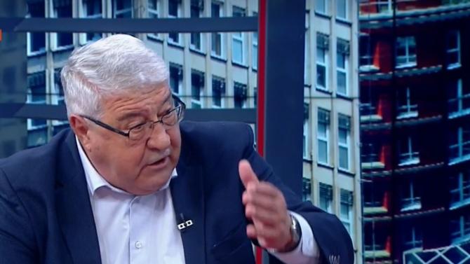 Спас Гърневски:  Лигите им капят на БСП за европарите, Радев  е бездарник