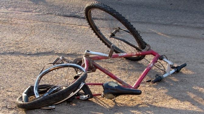 """Прегазиха велосипедист на АМ """"Марица"""""""