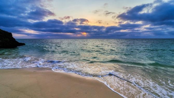 Предупреждават за опасно мъртво вълнение по морето
