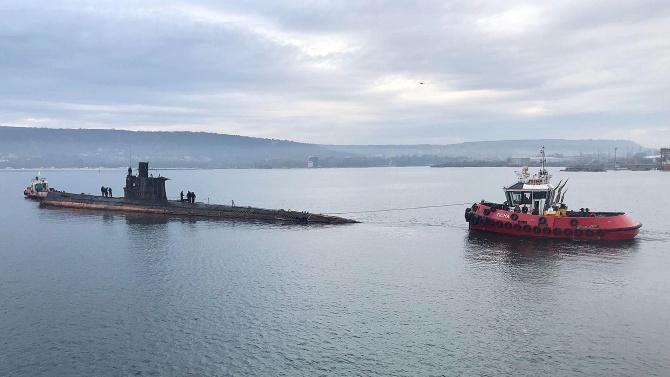 България преговаря с две държави за подводници