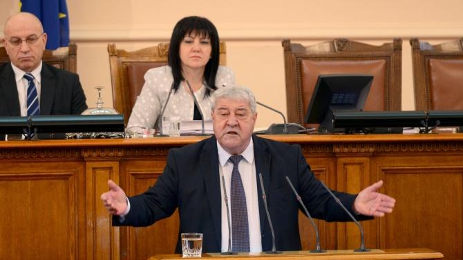 Спас Гърневски избухна срещу Румен Радев: Безумнико, спри се!