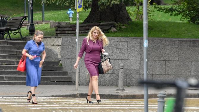 Новият правосъден министър си тръгна пеша