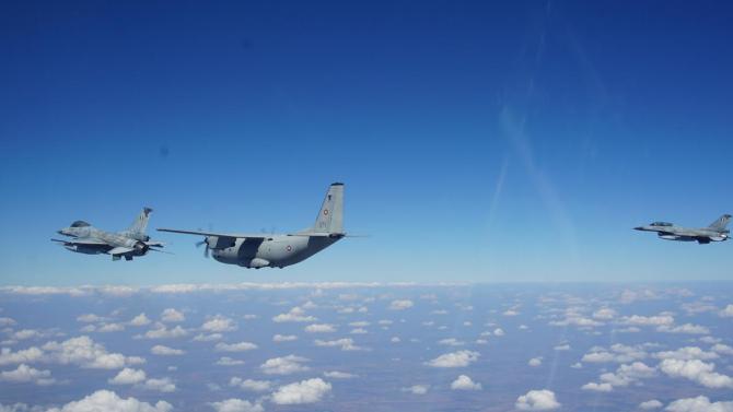 Военновъздушните сили на България и Гърция проведоха съвместни полети