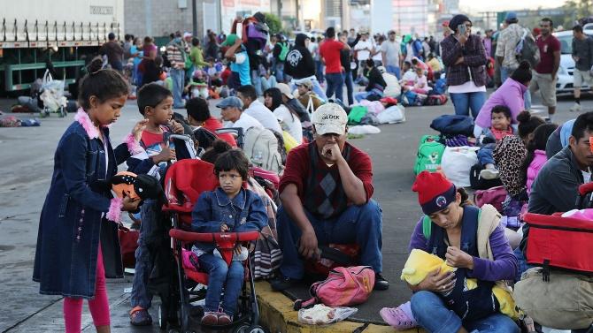 Над 3000 мигранти потеглиха от Хондурас за САЩ и влязоха в Гватемала