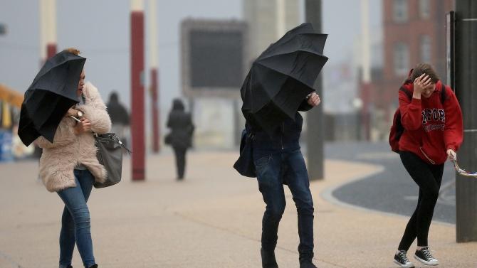 Рекордни валежи в Италия и Франция