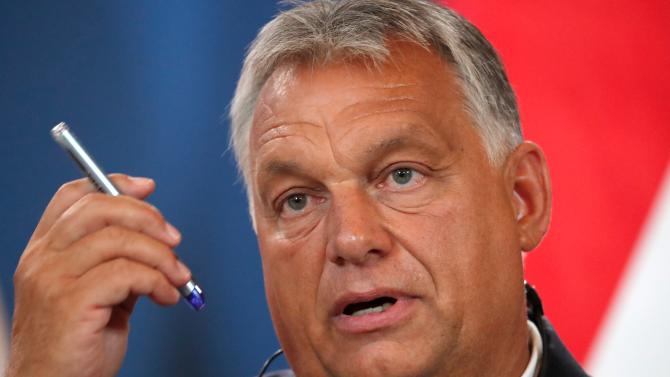 """""""Оставете децата ни на мира!"""", каза унгарският премиер Виктор Орбан на ЛГБТ организации"""