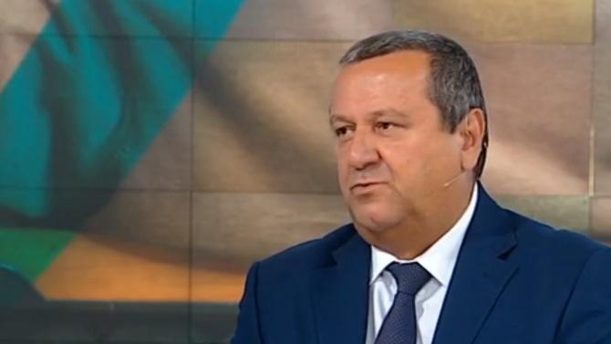 Хасан Адемов: Предизборно раздават на калпак по 50 лв. към пенсиите