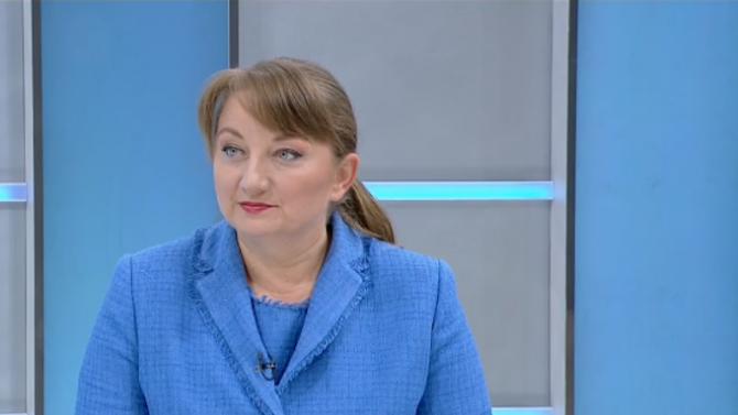 Министър Сачева с много важна информация за детските надбавки и пенсиите