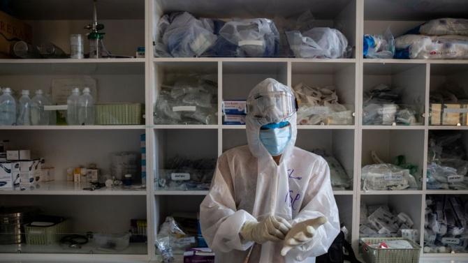 Фелдшер и трима педагози са сред новозаболелите от коронавирус в област Сливен