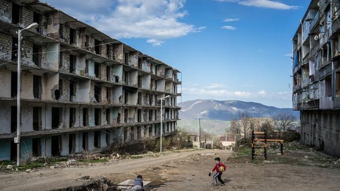 Армения и Азербайджан прекратиха огъня
