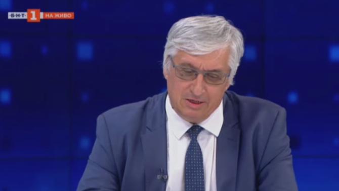 Иван Нейков пред novini.bg: Правят се подаръци - пенсии, зад които не стоят реални осигуровки