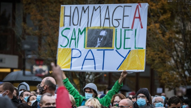 Ученици посочили френския учител на убиеца му срещу пари