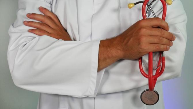 Броят на смъртните случаи след зараза с коронавирус в Чехия се е удвоил за две седмици