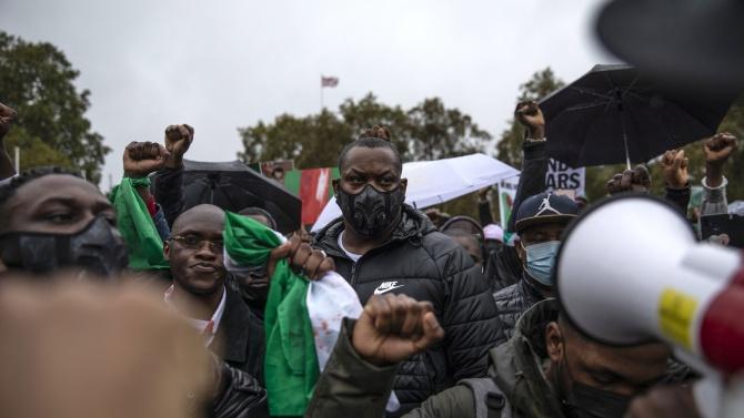 Протестите в Нигерия прерастват в гладни бунтове