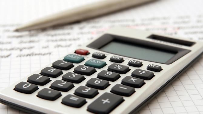 За близо 50 на сто от нефинансовите предприятия не е имало промяна в приходите от продажби през септември